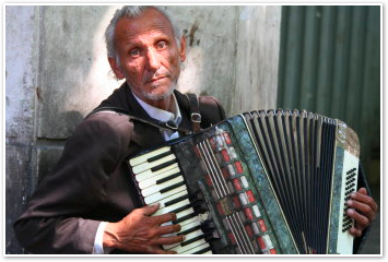 Trastevere Accordian Player