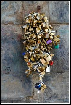 Ponte Vecchio Locks